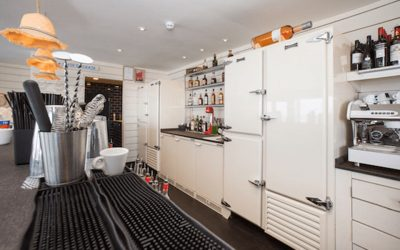 Popular beach restaurant delighted with the impact new Precision Refrigeration is having